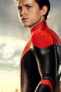320x568 Tom Holland As Peter Parker Spider Man Far From Home Poster