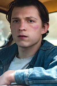 640x960 Tom Holland The Devil All The Time