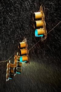 Traffic Lights Night Rain 5k