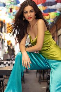 320x568 Victoria Justice Modeliste Magazine