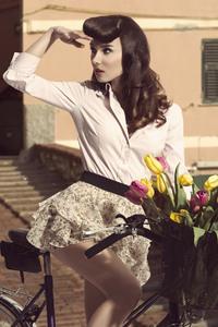 Vintage Dress Girl 8k