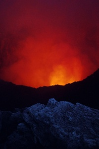 Volcano Dark Red 4k