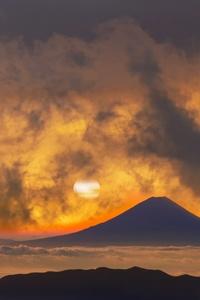 1080x2280 Volcano Mountains Sky Fantasy Orange Clouds Sunset 5k
