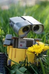 320x480 Wall E Robot