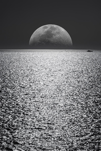 White Black Moon Evening Night Time Seascape 5k