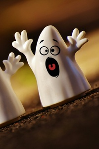 540x960 White Creepy Ghost Toy