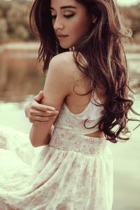 320x568 White Dress Girl Lake Side 8k