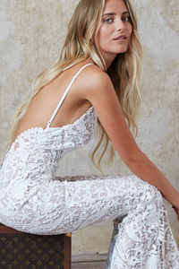 540x960 White Dress Gorgeous Girl Photoshoot