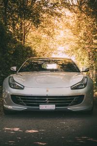 White Ferrari 5k
