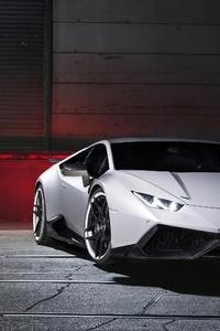 White Lamborghini Huracan 4k 2018