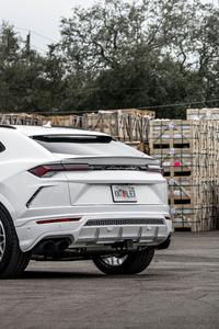 360x640 White Lamborghini Urus 4k