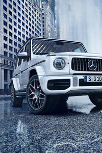 320x568 White Mercedes G Wagon