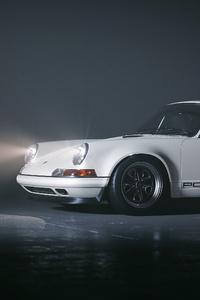 White Porsche 4k