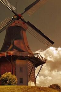 720x1280 Windmill Artist