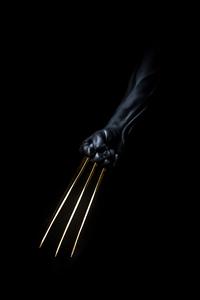 1440x2560 Wolverine Gold Claws Dark Minimal 5k