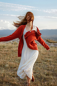 320x568 Women Outdoor Wind Face Covered Red Head Hairs 4k
