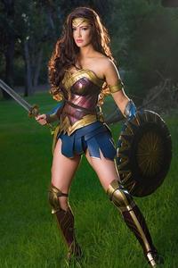 Wonder Woman 2020 Cosplay