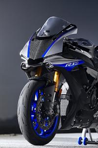 Yamaha R1 4K