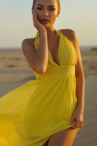 540x960 Yellow Dress Girl In Outdoors Sand