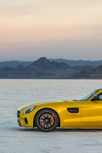 320x568 Yellow Mercedes Benz Amg GT 8k
