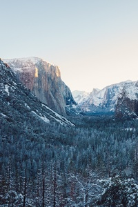 640x960 Yosemite Winter 4k