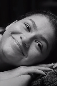 1242x2688 Zendaya In Malcolm And Marie 2021